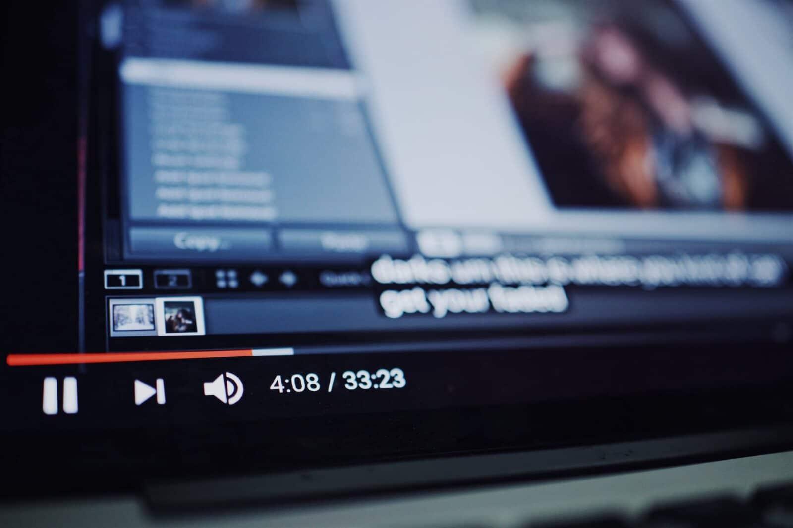 Youtuber อ้าง โดนลบบัญชีเนื่องจากโปรโมต Twitch ในวิดีโอของตัวเอง