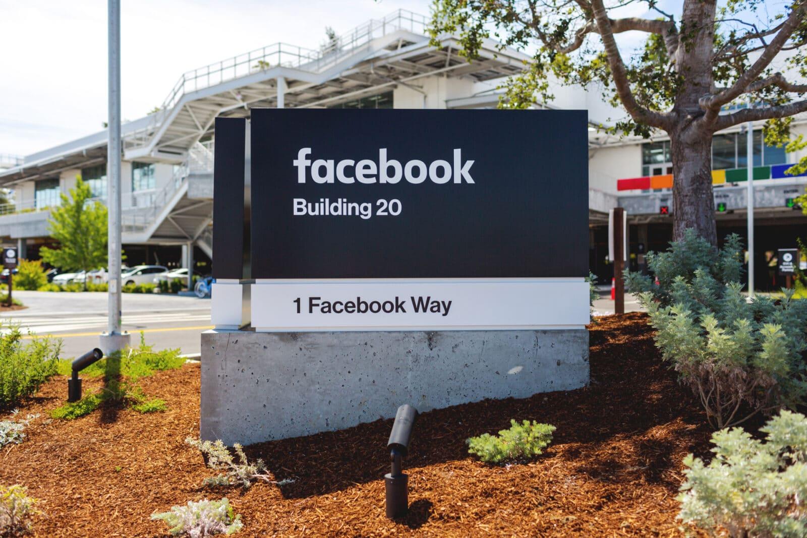 ผู้บริหารบอกเอง Facebook ไม่ได้จะมาช่วยชีวิตสื่อจากยุค Disruption