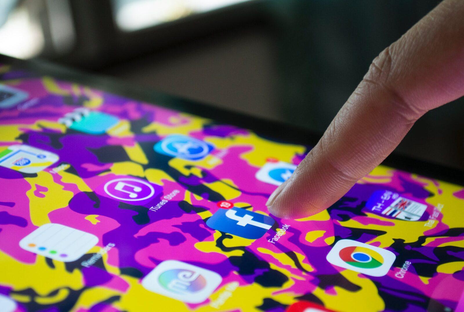 Facebook ที่กำลังจะพาโลกไปสู่ Messaging  Network และ Timeline กำลังจะหายไป ?