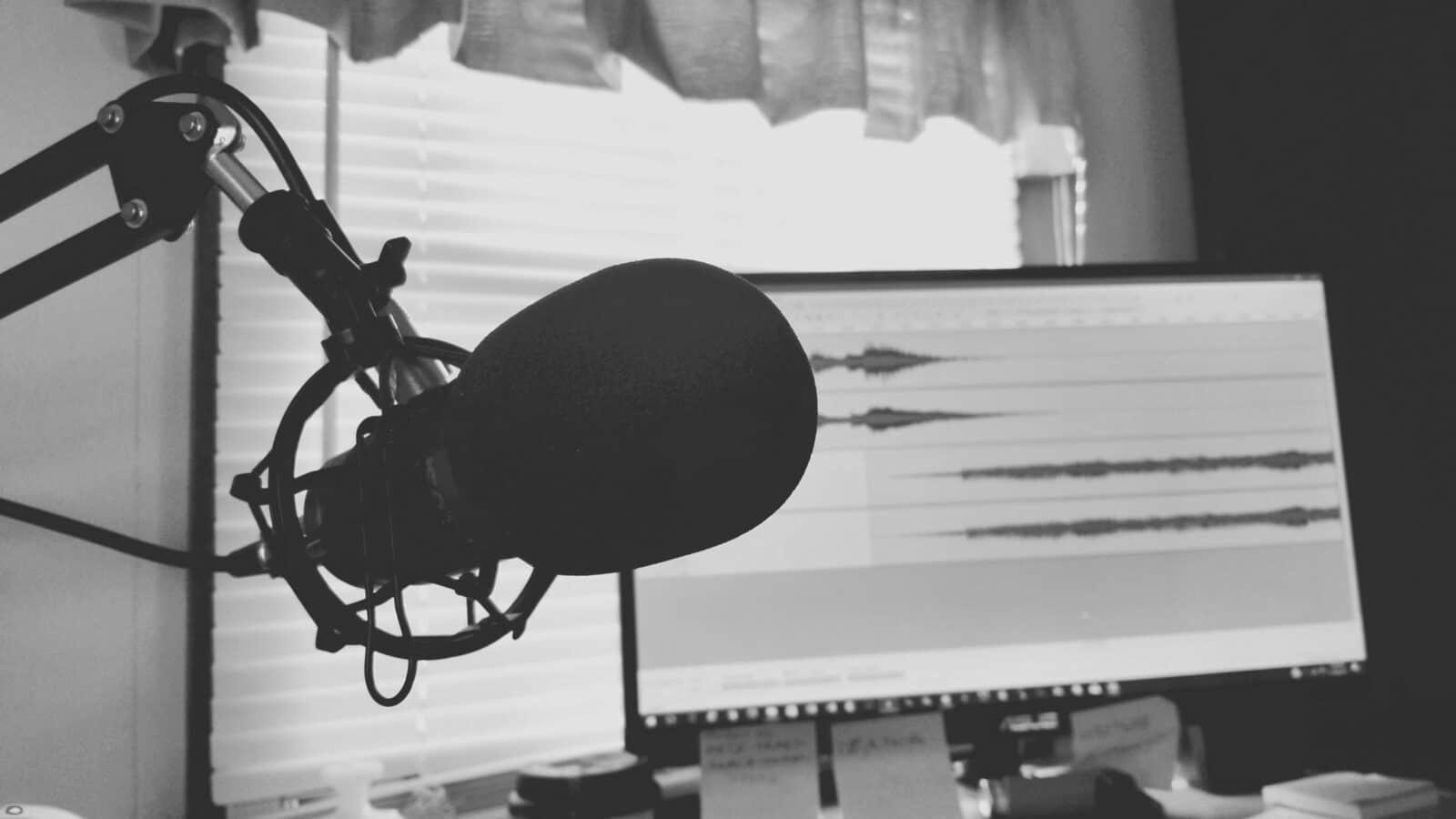 6 เทคนิคการพูดใน Podcast เพื่อให้มีประสิทธิภาพสูงสุด ใช้ได้กับทั้ง Host และแขก